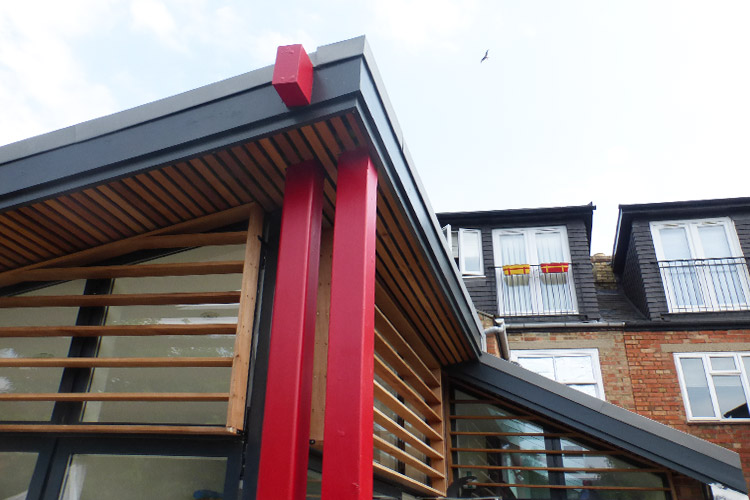Roof detail in new house extension by Space Program Architects